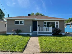 Nice 4 beds 2 baths home for rent in Erie