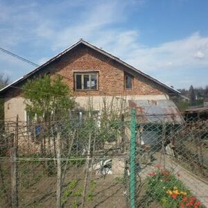 Small rural house with interesting design situated near the center of a quiet village 40 km away from Vratza