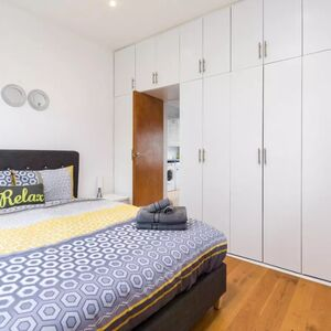 1 bedrooms apartment in London