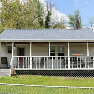 Beautiful 3 beds 2 baths house for rent in Arlington