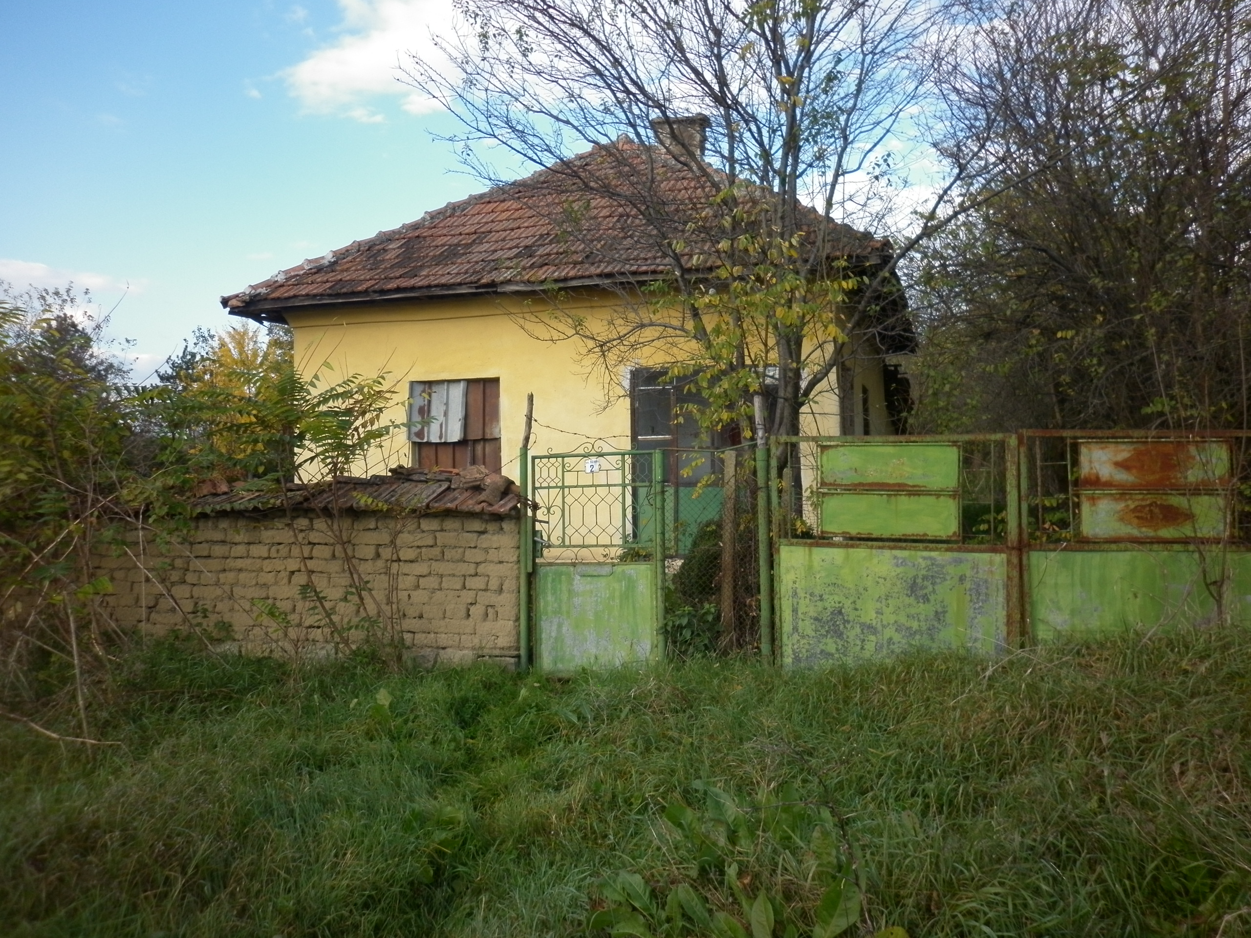 Photo gallery old country house with plot of land located in small village - Houses for small plots of land ...